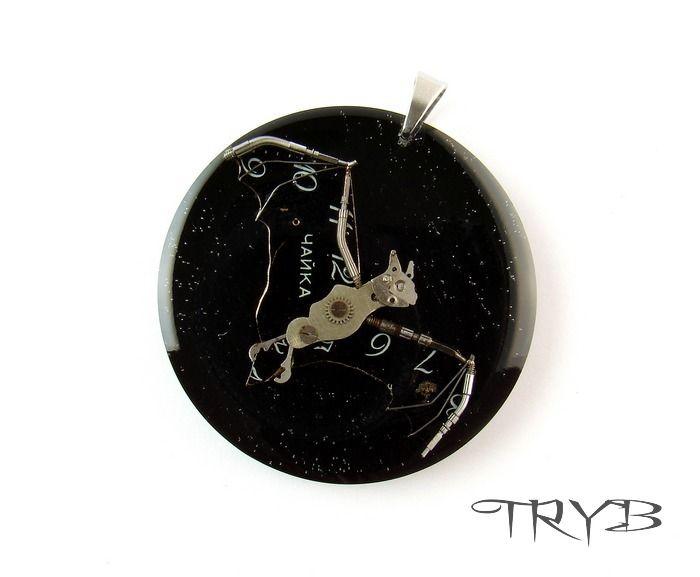The Bat - made of watch parts pendant. #handmade #clockwork #bat #dark #pendant #tryb #jewelry #resin