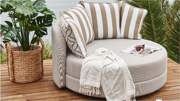 Sunpod Outdoor Lounge Pod