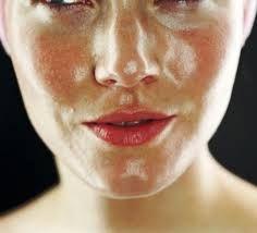 Masker Jelly Gamat Gold G Efektif Mengatasi Minyak Berlebih Pada Wajah – Anda memiliki masalah minyak yang berlebih pada wajah? Sering merasa repot dan tidak percaya diri akibat wajah berminyak? Tenang, kami tawarkan Jelly Gamat Gold G sebagai ramuan khusus atau masker yang berbentuk jeli, efektif mengatasi masalah minyak yang berlebih pada wajah, aman digunakan sebagai krim atau masker malam, tanpa efek samping pada kulit saat pemakaian.
