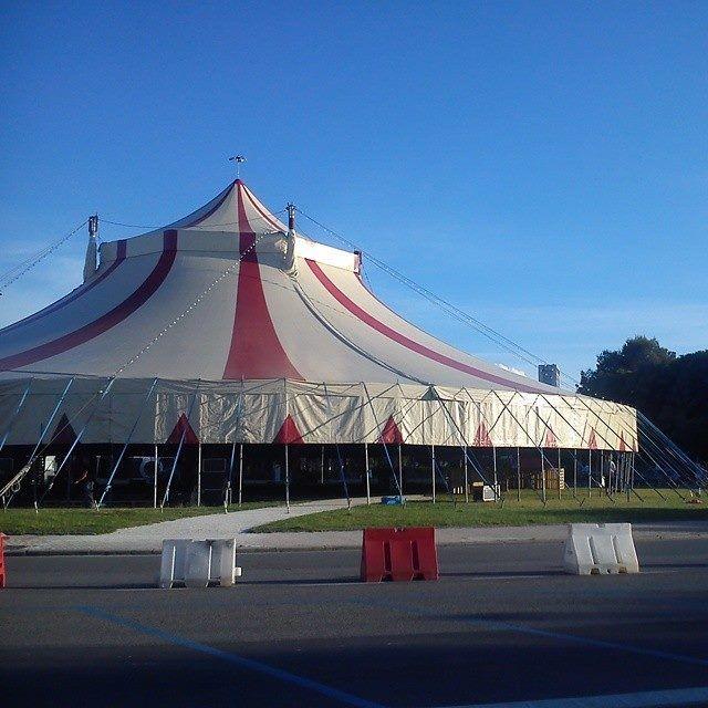 Il tendone è pronto!!!! Vi aspettiamo tutti sabato e domenica! #rimini #almeni #circo #tendone #fellini