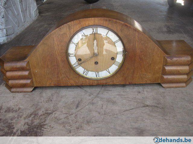 klok schouwklok uurwerk houten oude klokken