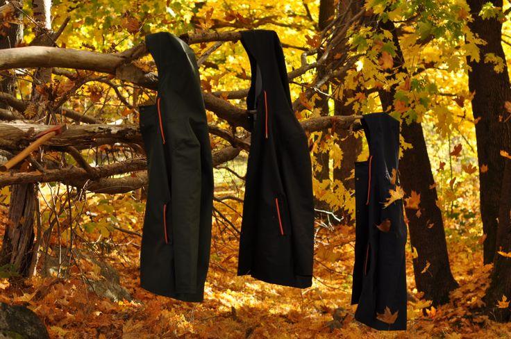 Höstväder och skog, Bomärke tar över hösten i Regnkappa.