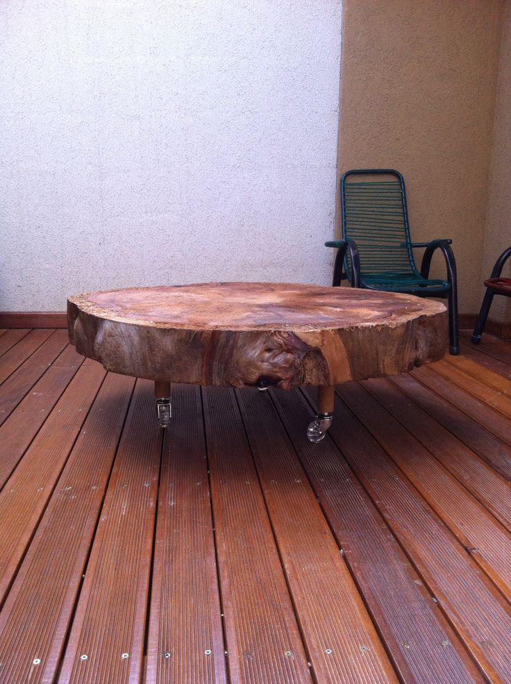 feito de tronco de pinheiro tratado com selante
