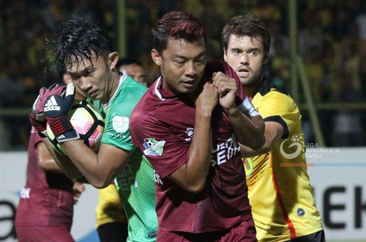 Sriwijaya FC Resmi Rekrut Hamka Hamzah -  http://bit.ly/2F1yoUh