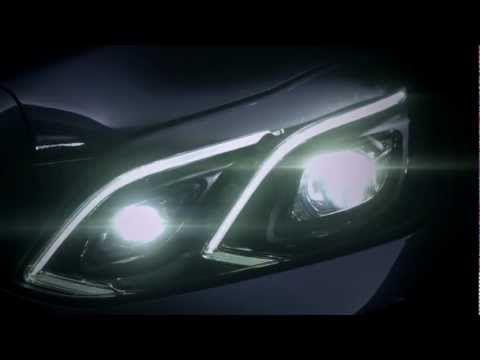 Mercedes-Benz засветил фары нового E-Class