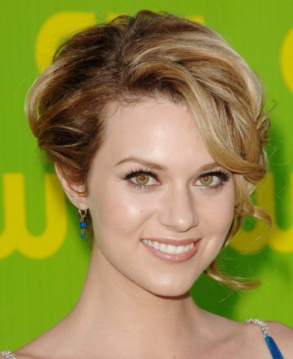 Hilarie Burton- Wish she was still on OTH!