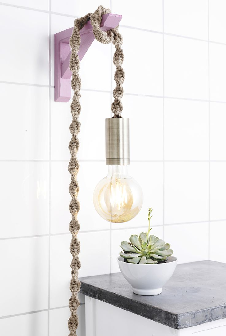 Easy and gorgeous with macramé www.pandurohobby.com Home Decor by Panduro #Interior #Inredning #Lampa #lampsladd #lampcord