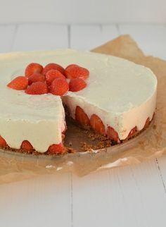 aardbeien mascarponetaart met mascarpone en griekse yoghurt. Natuurlijk met agar agar ipv gelatine!