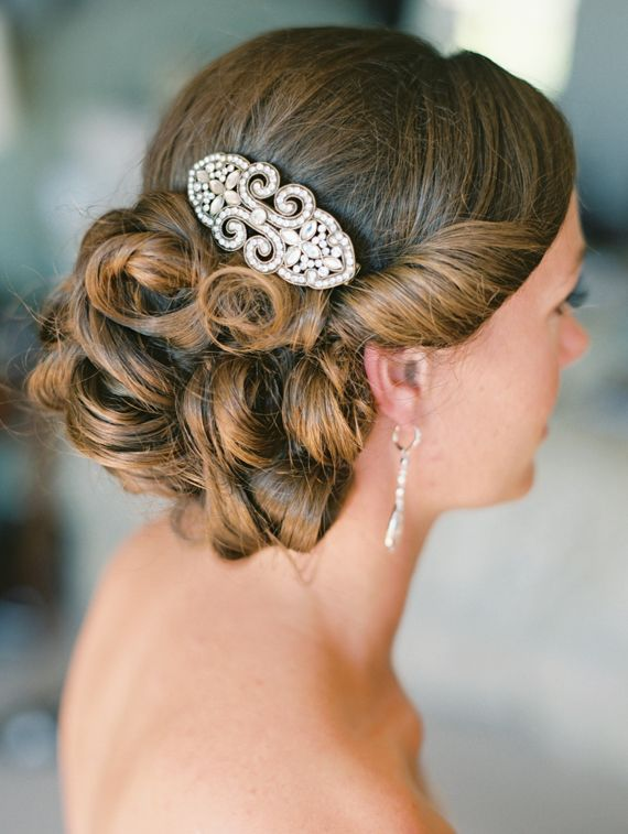 Elegant wedding hair | Photo by Daniele Rose | Read more -  http://www.100layercake.com/blog/?p=74149