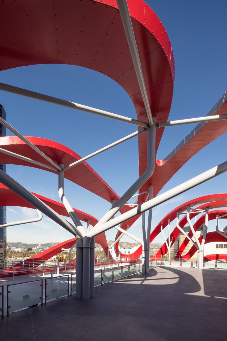 Kpf Wraps An Automotive Museum In La With Ribbons Of Metal With