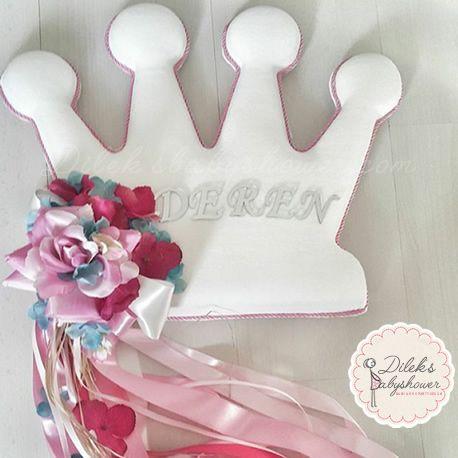 Bebek ve anne ürünleri, hediyeleri, malzemeleri dileksbabyshower.com da! Kişiye Özel Kapı Süsü, süsleri ve ürünleri, modelleri ve fiyatları. dileksbabyshower.com da!  #kapısüsü #kapısüsleri #babyshower #baby #babygirl #babygiftsideas #gifts #gift #bebeksüsü #bebeksüsleri #bebekürünleri #bebekhediyeleri #babyshowerdecorations #bebekodasısüsü   #hastaneodasısüsü   #hastaneodasısüsleme