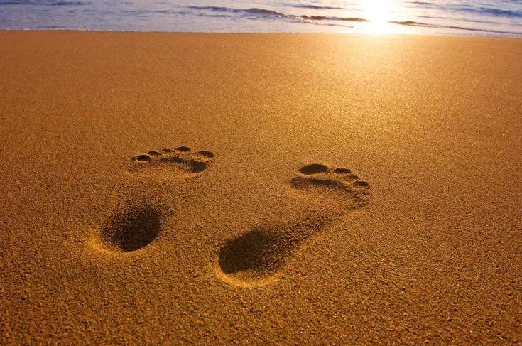 Footprints in the sand | Hands & Feet | Pinterest