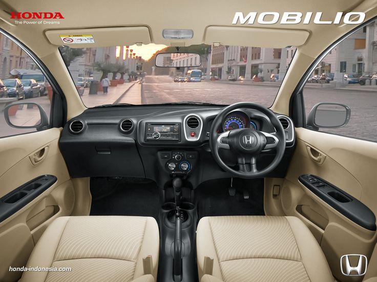 2015 Honda Mobilio interior dashboard High Quality Image