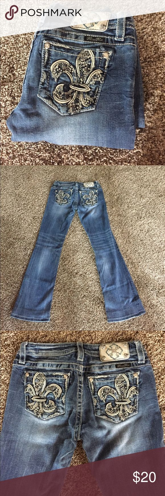 Miss me jeans size 16 juniors bootcut Size 16 juniors bootcut, worn. Hemmed by buckle store inseam now 28 Miss Me Jeans Boot Cut