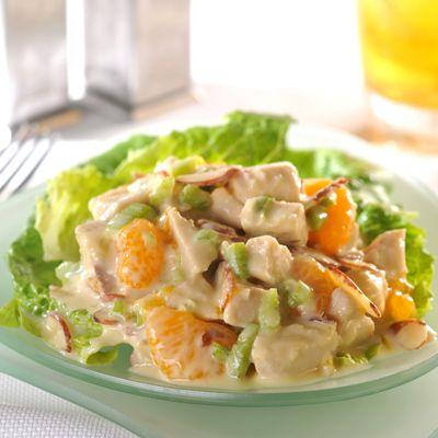 Esta Ensalada Crujiente de Pollo y Naranjas gourmet, combina la cremosidad del aliño con crujientes ...
