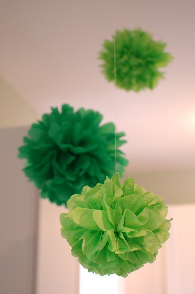 How to make tissue paper pom poms (truffula trees!)