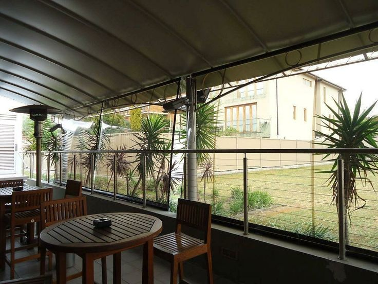 An ex-servicemen's club now enjoys some crystal clear PVC blinds in their al-fresco dining area. Looking good, guys!