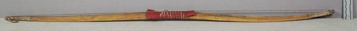 Лук, Сиу. Б. Army Medical Museum; Dr. J. F. Boughter, 1859 год. Дата поступления 1869 год. Форт Дакота, округ Миннехаха, Южная Дакота. NMNH.