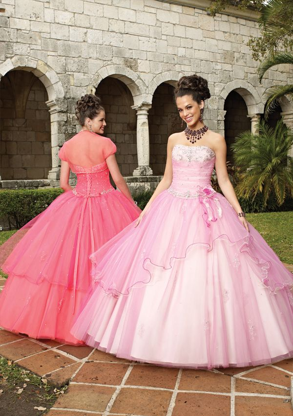 114 best Prom Dress images on Pinterest | Ball gown dresses ...