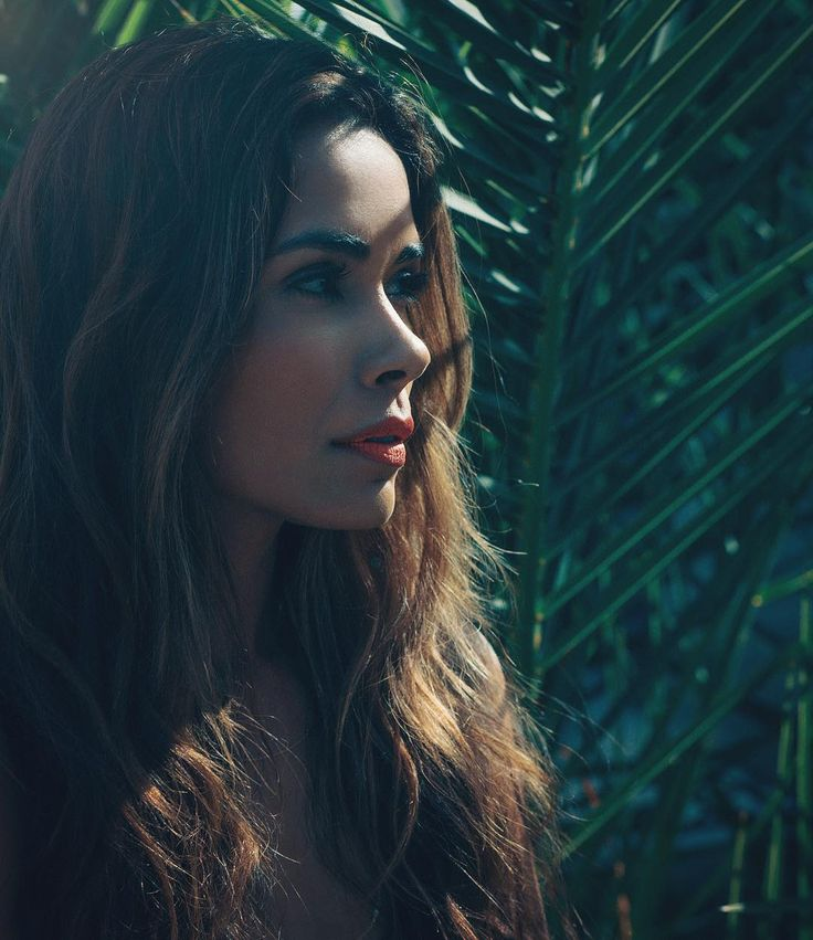Actress @daniella_alonso photographed for the newest issue of @bellomag