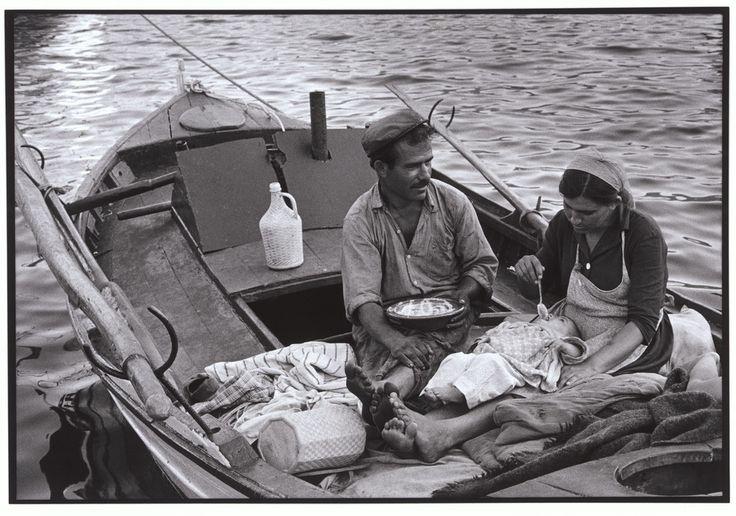 "Constantine Manos View profile Greece. Trikeri. 1964. Fisherman and his family. ""A Greek Portfolio"" p.37 © Costa Manos/Magnum Photos"