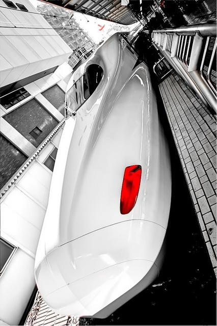 Shinkansen bullet train by alienizer, via Flickr