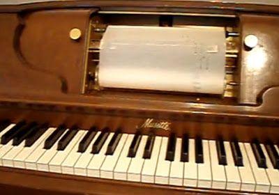 Roque Vega - cuentos: Old Piano Roll Blues - El piano mágico
