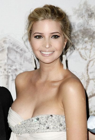 Ivanka Trump Photos - Ivanka Trump attends the Young Fellows of The Frick Collection Annual Gala on March 13, 2008 in New York City. - The Young Fellows Of The Frick Collection Annual Gala