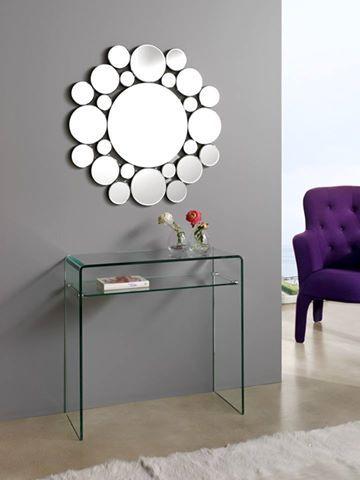Nuevo año, nueva vida. Es el momento de redecorar tu hogar. Esta semana te proponemos algunas ideas para cambiar y actualizar tu recibidor. ¿Cuál es tu preferido?  #diseño #hogar #decoración #interiores #recibidores #DugarHome.