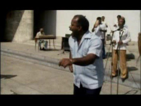 Dedicado ao Buena Vista Social Club. Buena Vista Social Club era um clube de dança e atividades musicais de Havana em Cuba, local onde os músicos se encontra...