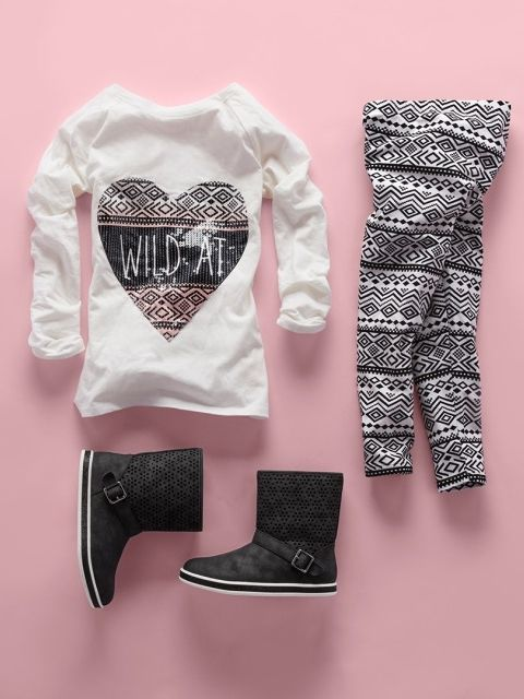 Girls fashion | Kids' clothes | Embellished top | Printed leggings | Boots | The Children's Place