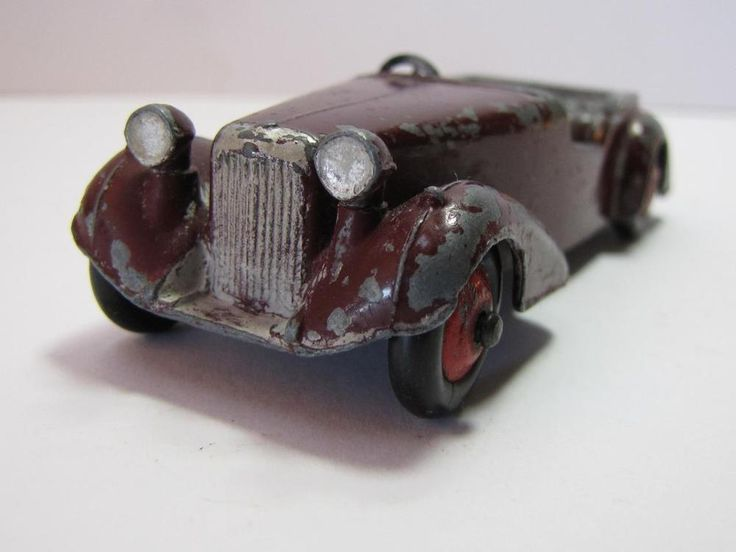 COLLECTIBLE: DIE CAST Barn Find 1930 s Pre War Alvis Speed 20/25Roadster Toy Car