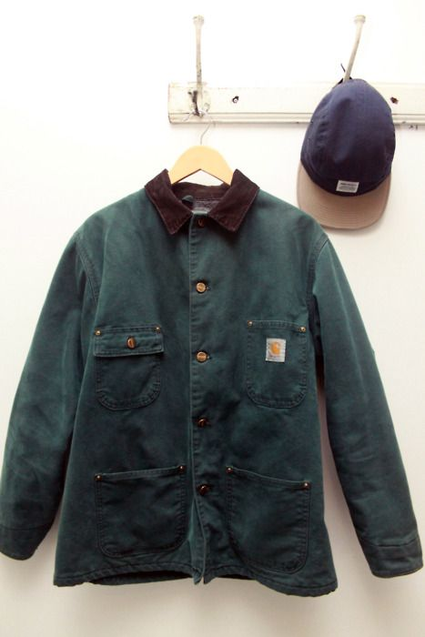 love me a Carhartt jacket....reminds me of an old friend who worked on a crab boat.