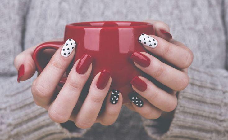 Confira como são aplicadas as unhas de porcelana, quanto tempo elas duram, quanto custa o procedimento e quais são os principais cuidados.