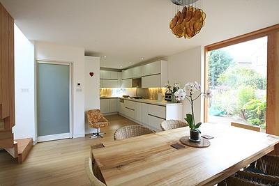 Se colocan contramarcos Eclisse en las casas ecológicas de Londres - Las casas han aparecido en Grand Design Lives de Channel 4 | Construnario.com