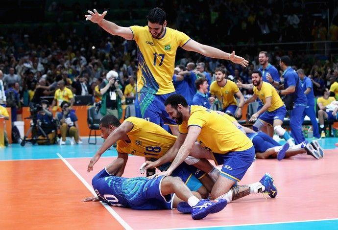Final - Brasil x Itália - Rio 2016 - Serginho chorando (Foto: Getty Images)