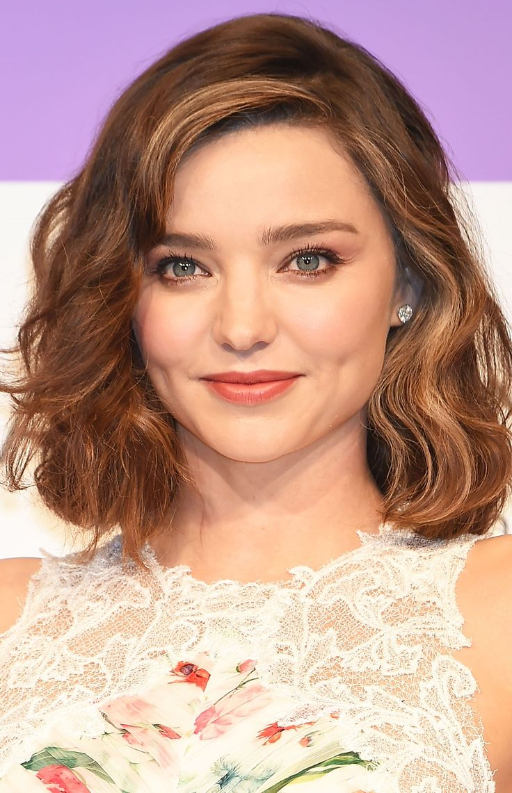 25 Best Hairstyles For Round Faces In 2019 - Easy Haircut Ideas For