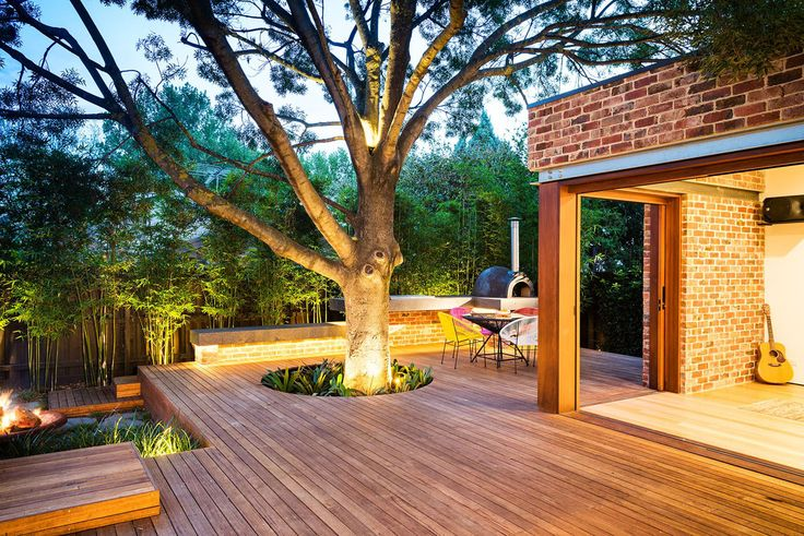 Highly Beautiful Backyard Wooden Deck Around A Tree Design Ideas : Incredibly Wonderful Outdoor Space At The Backyard Of Your House With The Structure Ideas For Deck Around Tree Plans
