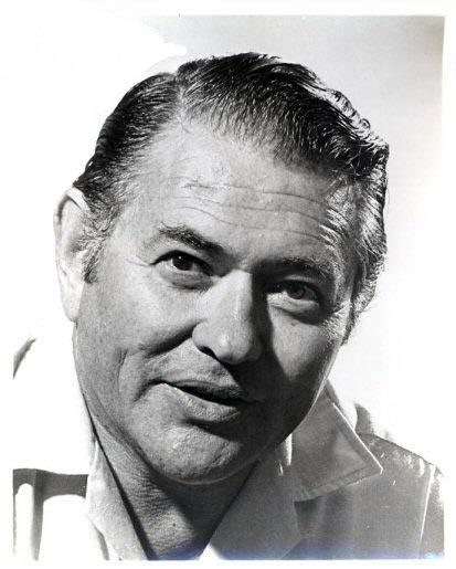Simon Oakland (actor) - Died August 29, 1983. Born August 28, 1915. American actor of stage, screen, and television. He enjoyed a series of Broadway hits, including Light Up the Sky, The Shrike and Inherit the Wind, and theater was one of his lasting passions. He was a concert violinist until the 1940s. Frequently played a cop, notably in West Side Story