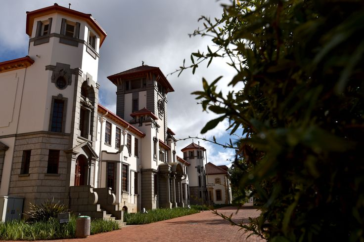 University of the Free State, Bloemfontein Campus, Main building (Photo: Charl Devenish)