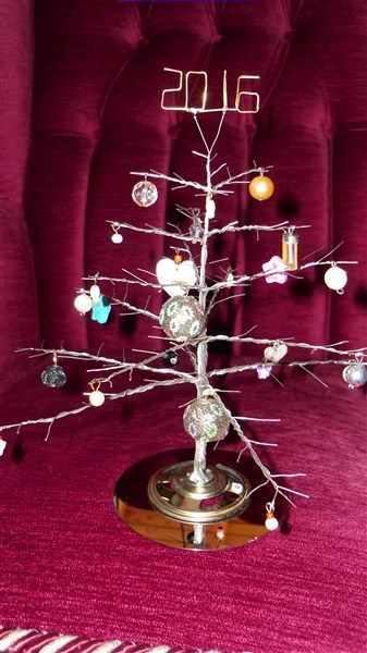 Christmas tree with wire