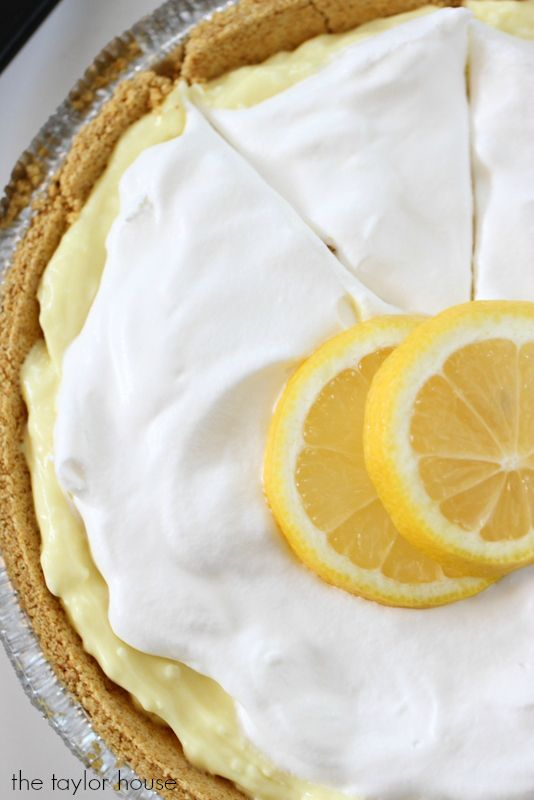 Delicious easy Lemon Cheesecake Pie Recipe that's only FIVE ingredients!