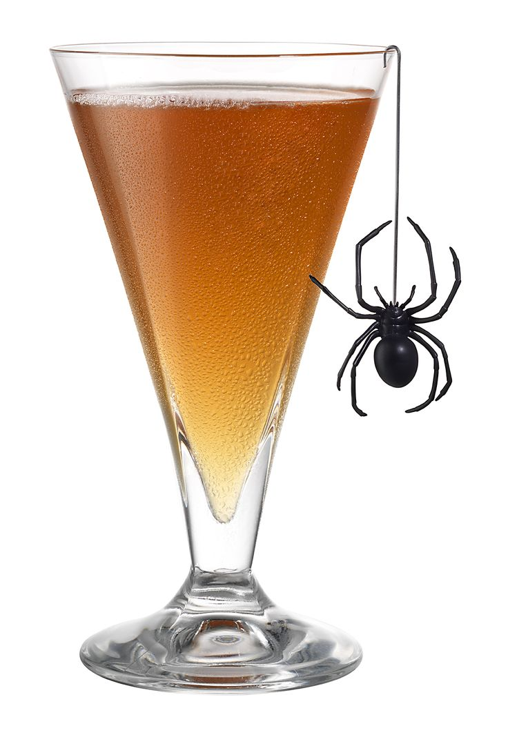 Raspberry Peach Jolly Rancher: a low-cal cocktail sure to spook your guests. #halloween #cocktail #fitnessmagazine