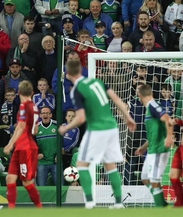 Northern Ireland close in on World Cup play-off after Jonny Evans and Chris Brunt strike - https://buzznews.co.uk/northern-ireland-close-in-on-world-cup-play-off-after-jonny-evans-and-chris-brunt-strike -