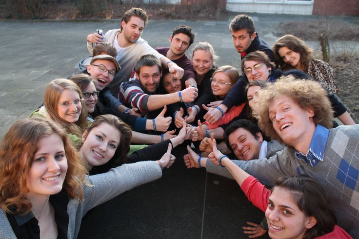 Vielen Dank an die AEGEE-Berlin Studentengruppe für die tollen Fotos vom Einsatz eurer ownBand-Silikonarmbänder!!! #ownband #silikonarmband #uni-berlin #aegee
