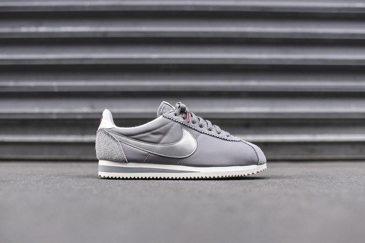 Nike Classic Cortez PRM - Grey