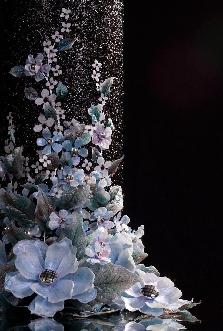 34 Best Wafer Flower Images On Pinterest Sugar Flowers Wafer