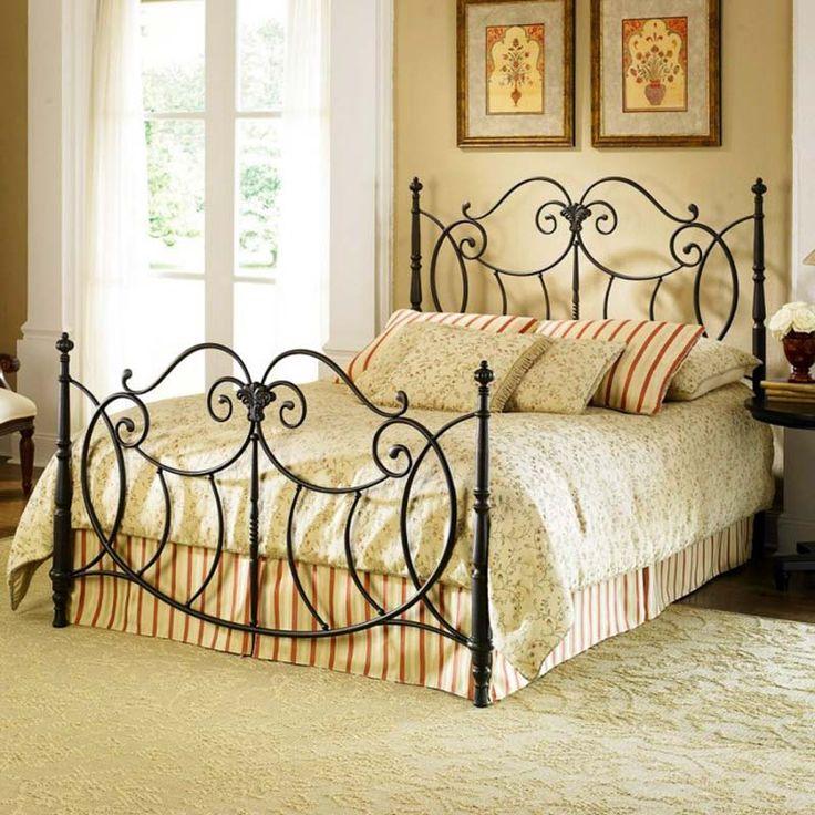 Интерьер спальни в ретро стиле.