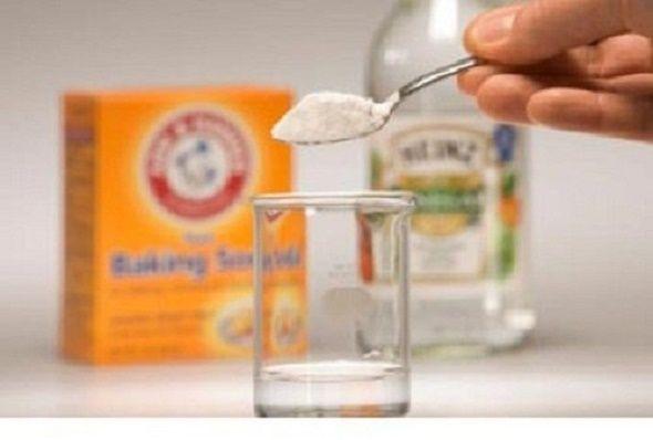 O vinagre de maçã e o bicarbonato de sódio são muito usados pela medicina natural.