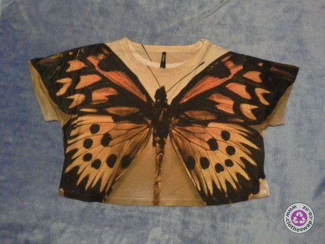 Clotheswap - monarch butterfly crop top